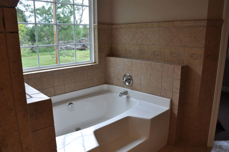 America S Home Place Master Bathroom