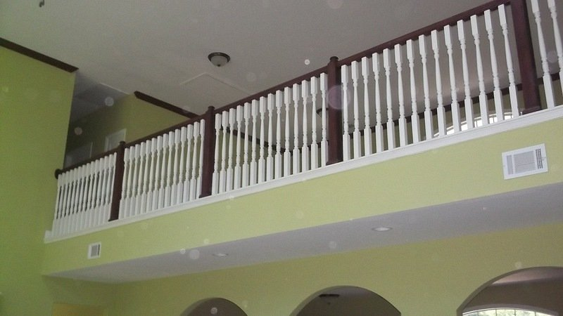America\'s Home Place   Indoor Balcony Railing